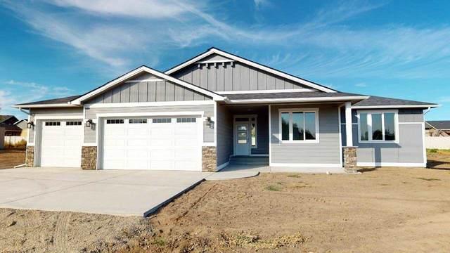 7602 N Five Mile Rd, Spokane, WA 99208 (#202021737) :: The Spokane Home Guy Group