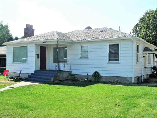 5229 N Madison St, Spokane, WA 99205 (#202021954) :: Top Spokane Real Estate