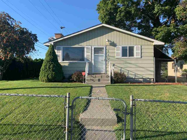 2103 E Columbia Ave, Spokane, WA 99208 (#202022081) :: Prime Real Estate Group