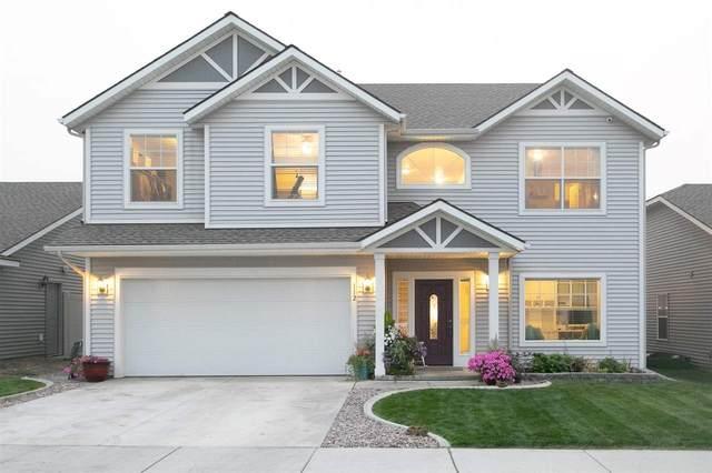 112 S Lone Tree St, Spokane Valley, WA 99016 (#202022265) :: Elizabeth Boykin & Keller Williams Realty