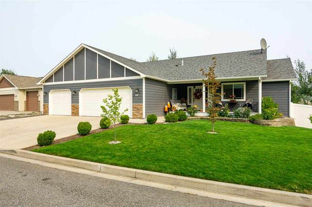 18017 E 12th Ct, Greenacres, WA 99016 (#202022393) :: Elizabeth Boykin & Keller Williams Realty
