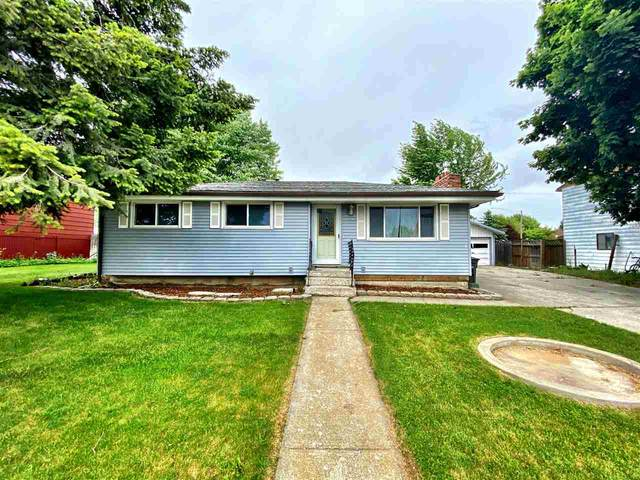 918 14th St, Davenport, WA 99122 (#202022425) :: The Spokane Home Guy Group