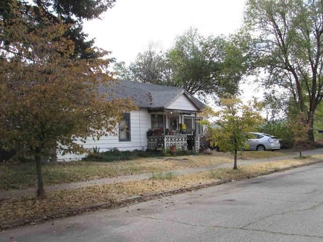 2725 W College Ave, Spokane, WA 99201 (#202022481) :: The Spokane Home Guy Group