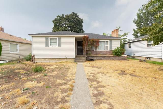 2615 E South Crescent Ave, Spokane, WA 99207 (#202022483) :: Elizabeth Boykin & Keller Williams Realty