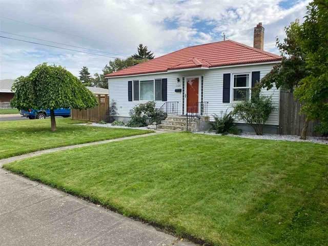 1128 E Heroy Ave, Spokane, WA 99207 (#202022538) :: The Spokane Home Guy Group