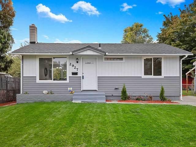 2927 N Smith St, Spokane, WA 99207 (#202022684) :: The Spokane Home Guy Group