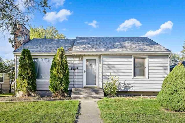 2324 W Queen Ave, Spokane, WA 99205 (#202022851) :: The Spokane Home Guy Group