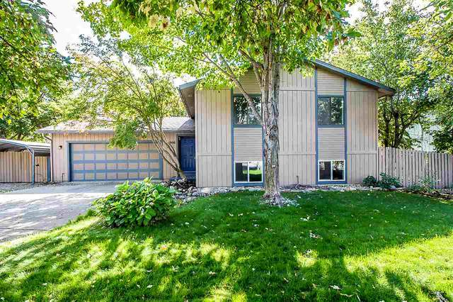 1906 E Meadow Ln, Post Falls, ID 83854 (#202022873) :: Mall Realty Group