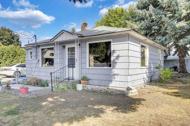 18617 E Maxwell Ave, Greenacres, WA 99016 (#202022969) :: Top Spokane Real Estate