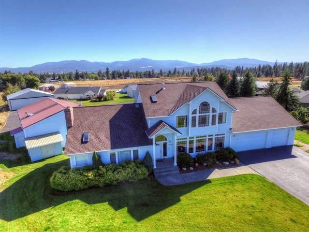 8322 N Glenarvon Ln, Newman Lake, WA 99205 (#202022973) :: Elizabeth Boykin & Keller Williams Realty
