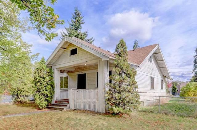 4514 N Post St, Spokane, WA 99205 (#202023978) :: Northwest Professional Real Estate