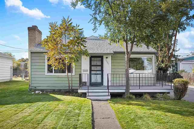 5927 N Lindeke St, Spokane, WA 99205 (#202024044) :: Parrish Real Estate Group LLC