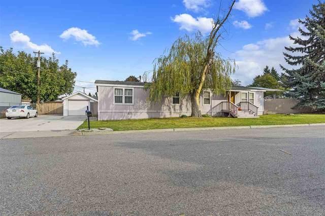 423 S Coach St, Spokane Valley, WA 99016 (#202024075) :: Top Spokane Real Estate
