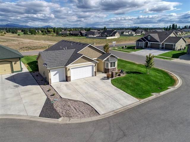 1321 E Chelan Ct, Deer Park, WA 99006 (#202024935) :: Amazing Home Network
