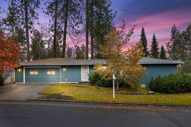 8410 N Greenwood Ct, Spokane, WA 99208 (#202024981) :: RMG Real Estate Network