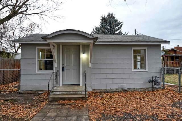 11020 E 10th Ave, Spokane Valley, WA 99206 (#202025035) :: Elizabeth Boykin & Keller Williams Realty