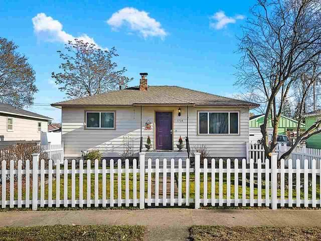 1734 N Smith St, Spokane, WA 99207 (#202025110) :: The Hardie Group