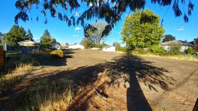 11323 E 12TH Ave, Spokane Valley, WA 99206 (#202025122) :: Northwest Professional Real Estate