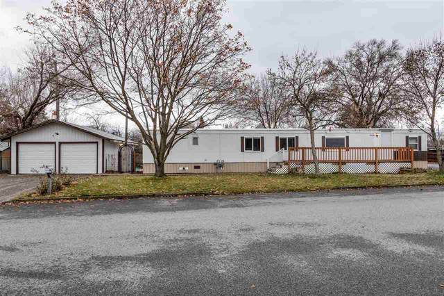 19138 E Cane Cir, Spokane Valley, WA 99016 (#202025228) :: The Spokane Home Guy Group