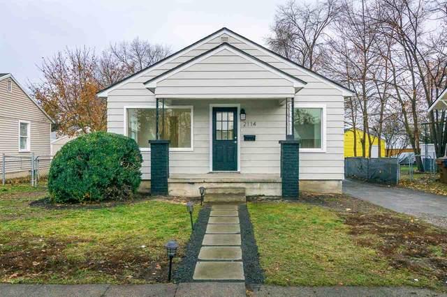2114 E Rowan Ave, Spokane, WA 99207 (#202025235) :: The Spokane Home Guy Group