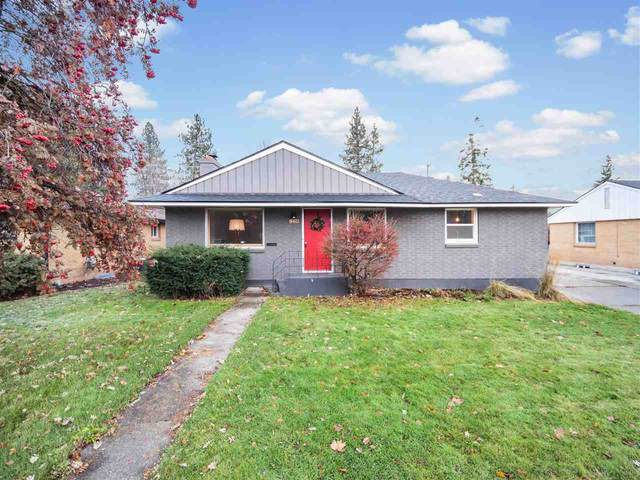 1228 E 37th Ave, Spokane, WA 99203 (#202025252) :: RMG Real Estate Network