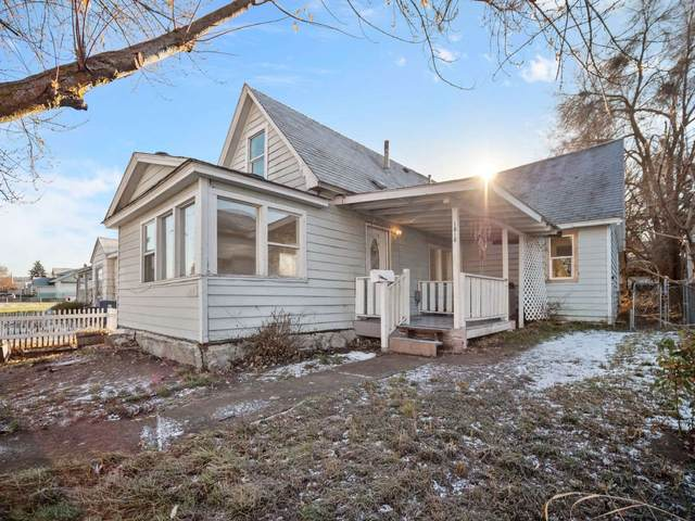 1818 E Hoffman Ave, Spokane, WA 99207 (#202025409) :: RMG Real Estate Network