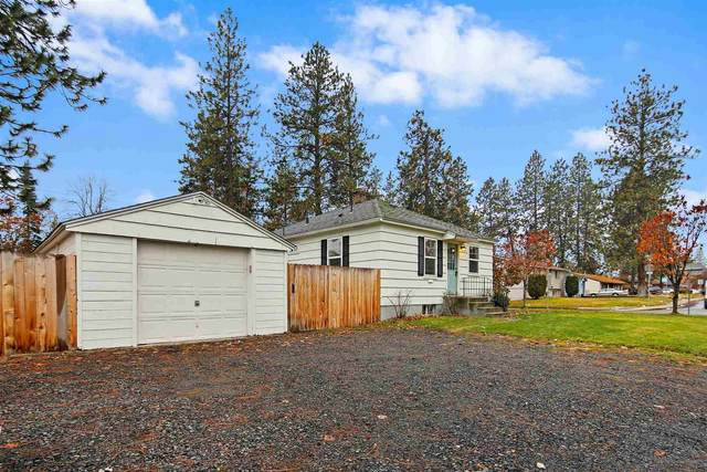 3705 S Perry St, Spokane, WA 99203 (#202025725) :: The Hardie Group