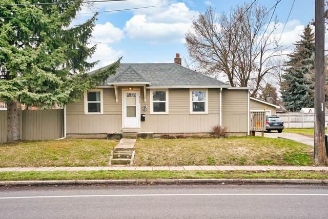 715 E 37th Ave, Spokane, WA 99203 (#202025911) :: Alejandro Ventura Real Estate
