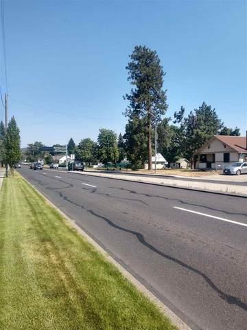 2214 E Francis Ave, Spokane, WA 99217 (#202110075) :: The Spokane Home Guy Group
