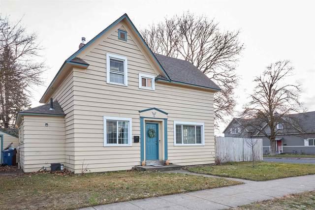 1729 W. Augusta Ave, Spokane, WA 99205 (#202110444) :: Elizabeth Boykin & Keller Williams Realty