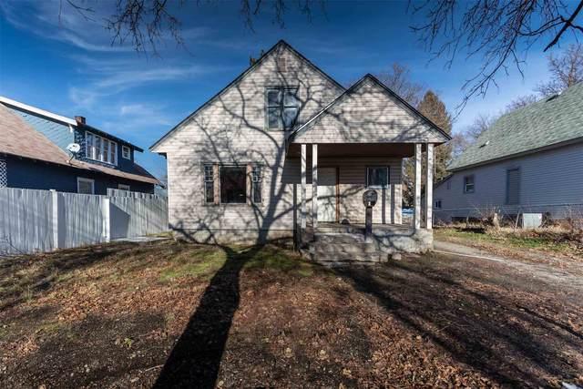 2807 E Queen Ave, Spokane, WA 99217 (#202110490) :: Freedom Real Estate Group