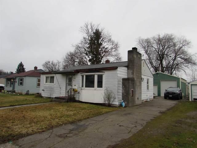 6024 N Braeburn Dr, Spokane, WA 99205 (#202110506) :: Top Spokane Real Estate