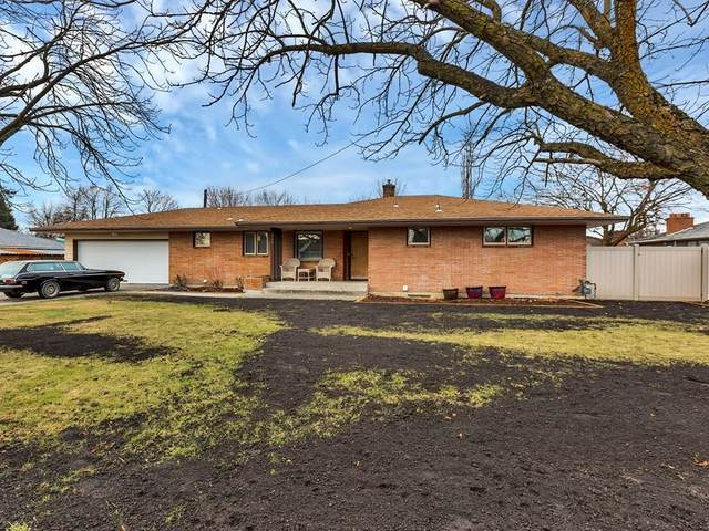 713 N Best Rd, Spokane Valley, WA 99216 (#202110643) :: Alejandro Ventura Real Estate