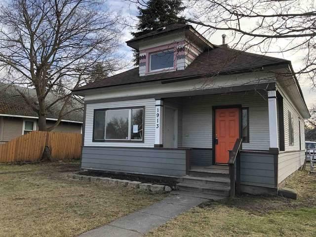 1913 W Knox Ave, Spokane, WA 99205 (#202110823) :: Five Star Real Estate Group