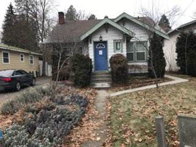 3418 S Grand Blvd, Spokane, WA 99203 (#202110825) :: Five Star Real Estate Group