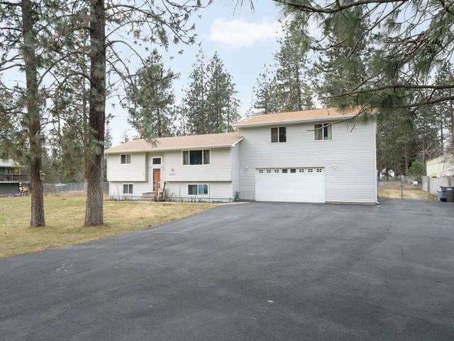 16323 N Tamarac Ln, Nine Mile Falls, WA 99026 (#202111848) :: Cudo Home Group