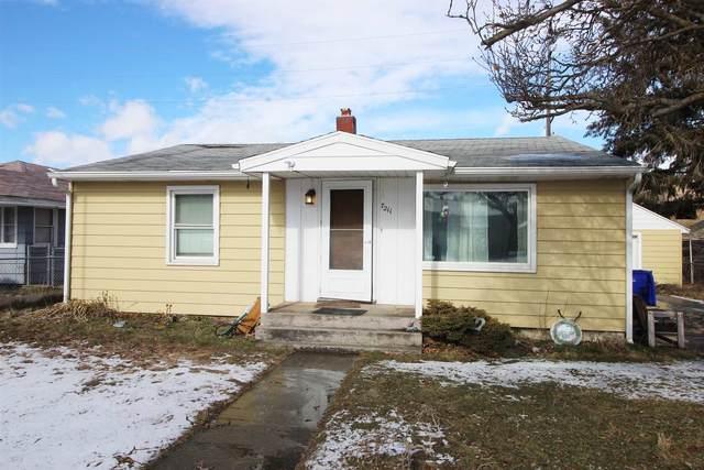 7211 E 2nd Ave, Spokane Valley, WA 99212 (#202111897) :: Cudo Home Group