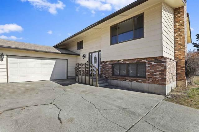 16608 W Laurel Dr, Medical Lake, WA 99022 (#202112071) :: Bernadette Pillar Real Estate