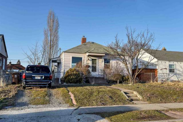 1317 E Courtland Ave, Spokane, WA 99207 (#202112123) :: Top Agent Team