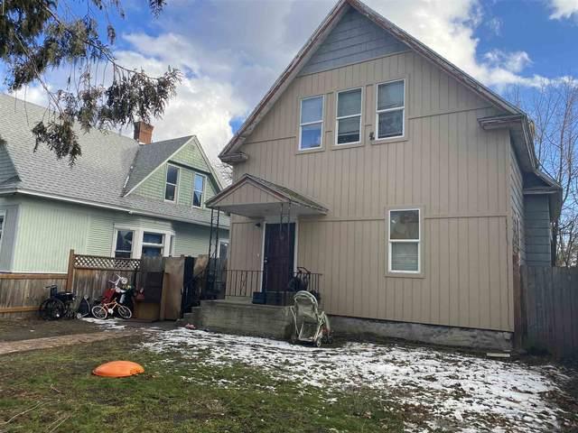 2407 W Dean Ave, Spokane, WA 99201 (#202112143) :: Alejandro Ventura Real Estate