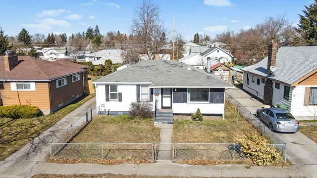 807 E Walton Ave, Spokane, WA 99207 (#202112170) :: The Spokane Home Guy Group
