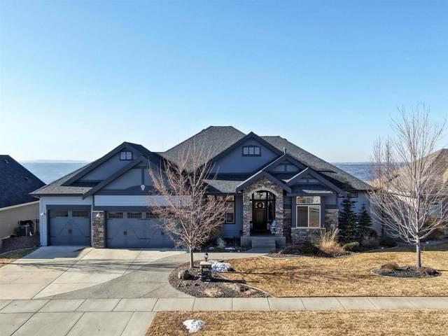 7703 N Warren Ln, Spokane, WA 99208 (#202112186) :: The Spokane Home Guy Group