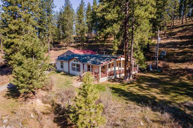 15211 E Cooper Rd, Mead, WA 99021 (#202113338) :: Top Spokane Real Estate