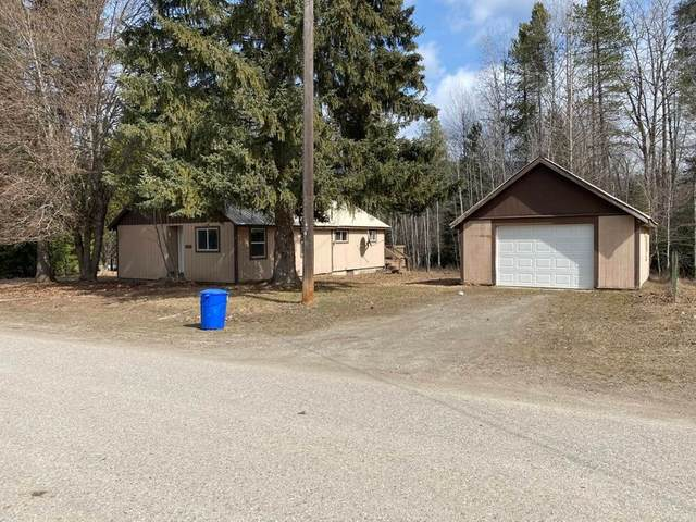 225 8th Ave, Ione, WA 99139 (#202113570) :: The Hardie Group