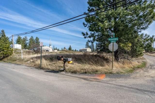 2804 S Assembly Rd, Spokane, WA 99224 (#202113609) :: The Spokane Home Guy Group