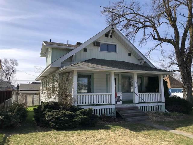 429 W Mansfield Ave, Spokane, WA 99205 (#202113707) :: The Hardie Group