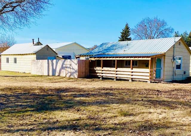 4021 N Willow Rd, Spokane Valley, WA 99206 (#202113714) :: Top Spokane Real Estate