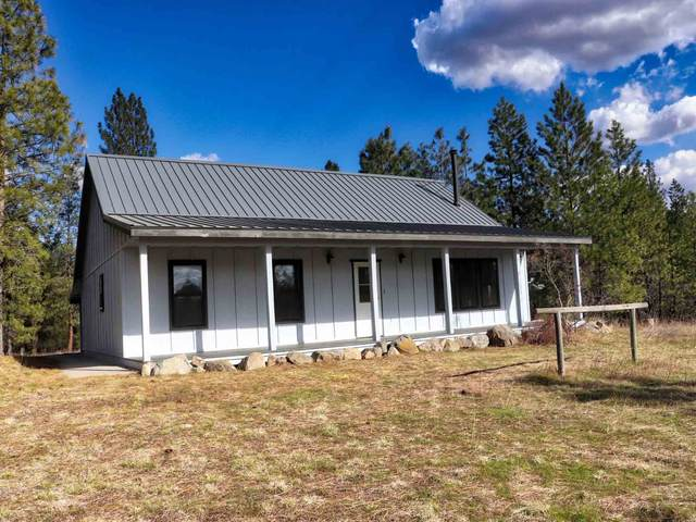 5423 W Ellsworth Rd, Deer Park, WA 99006 (#202113880) :: The Spokane Home Guy Group
