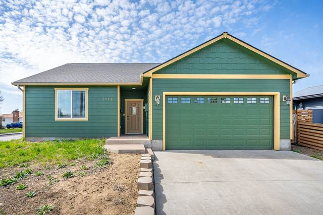 3901 N Helena St, Spokane, WA 99207 (#202113914) :: The Spokane Home Guy Group