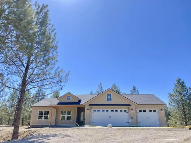 17611 W Buckboard Ave, Medical Lake, WA 99022 (#202113967) :: Five Star Real Estate Group